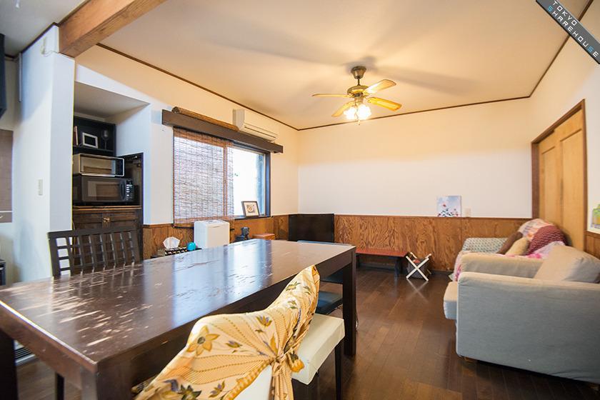 Arty Delights In Familiar Comfort Niko House Futako