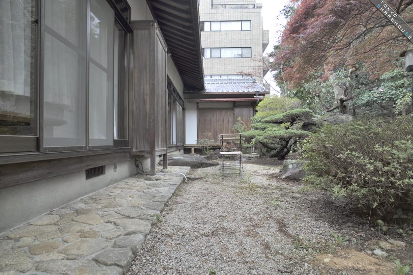 qhouse_garden