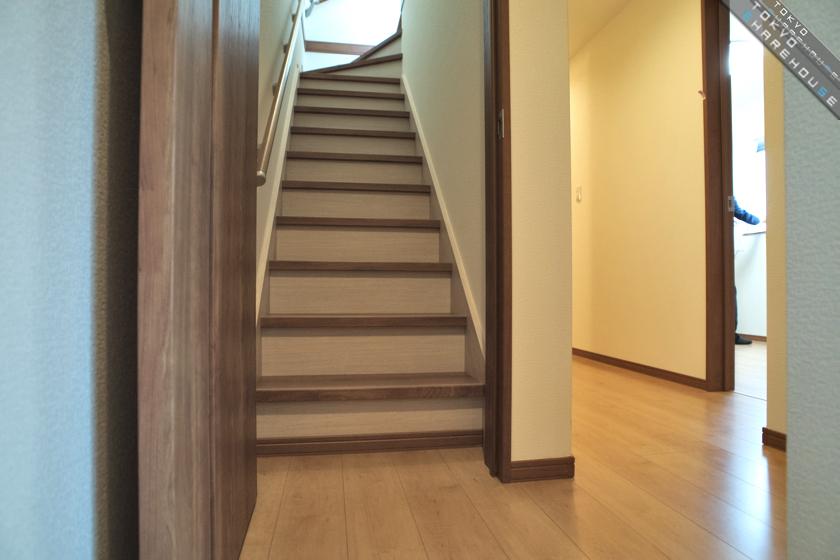 B2_gh_midori_13_hallway